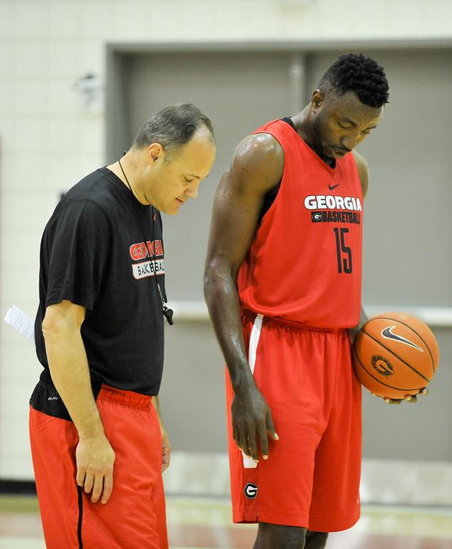 UGA men's basketball – Mark Fox and center Osahen Iduwe